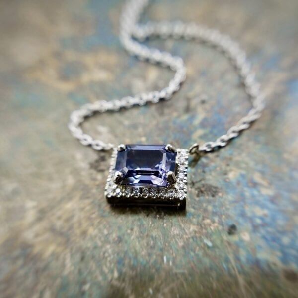 spinel pendant necklace