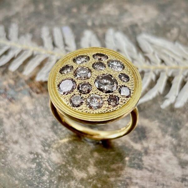Cognac diamond disc ring
